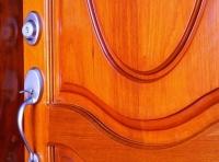 Dýhované dveře jsou vhodnou volbou pro všechny, kdo ocení přirozenou texturu dřeva