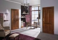 Barva dveří může zvětšit či zmenšit prostor