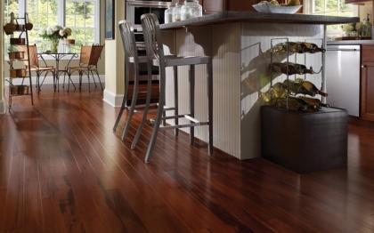 Dřevěné podlahy jsou velmi žádaným druhem podlahové krytiny