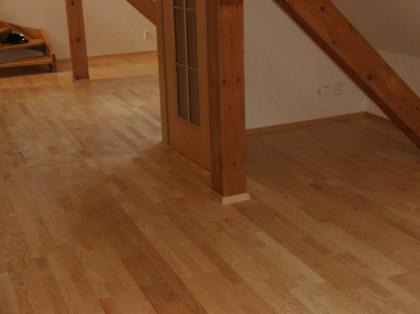 Výhody a nevýhody dřevěných podlah
