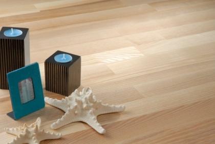 Dřevěná třívrstvá podlaha