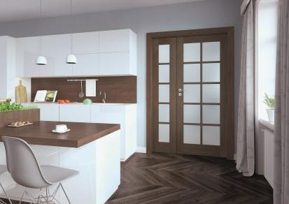 Dvoukřídlé dveře jsou skvělou a elegantní alternativou k těm klasickým