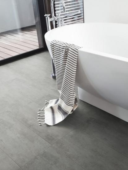 Vinylová podlaha Gerflor v koupelně